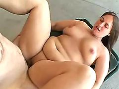 Plump aged woman screwed and jizzed